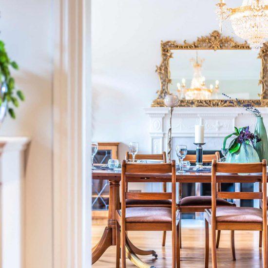 Dining-room-lifestyle-shot